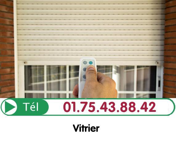 Vitre Cassée Le Bourget 93350